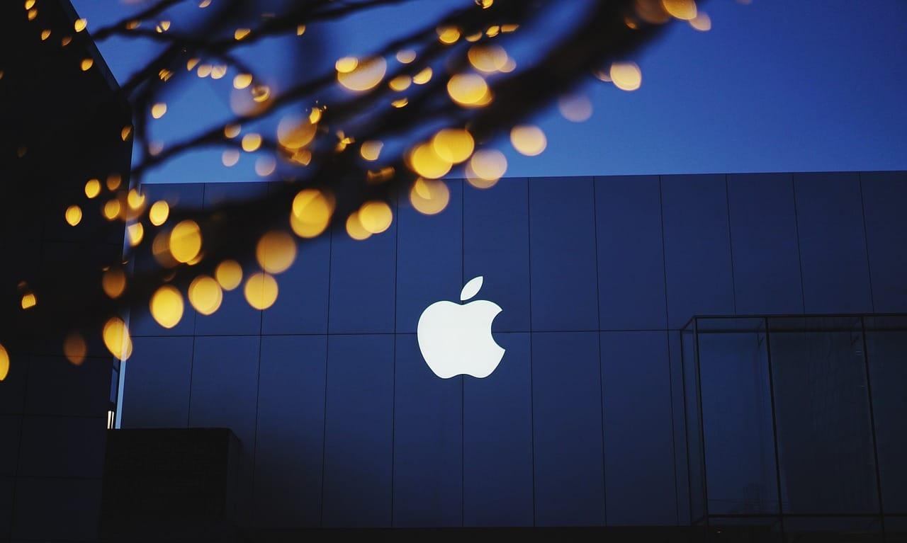 Apple SWOT 2019   SWOT Analysis of Apple